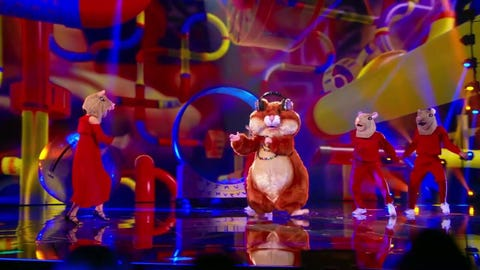 """The Masked Singer S6 Hamster Performs """" Pretty Woman"""" By Roy Orbison 2021-09-23"""